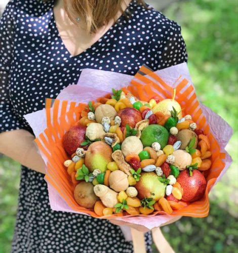 Букет «Сицилия» из миндаля и арахиса