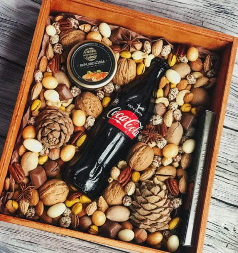 Подарочный набор из орехов